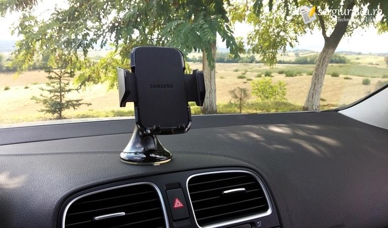 Samsung EE-V200SABEGWW REVIEW - suport auto universal - pareri