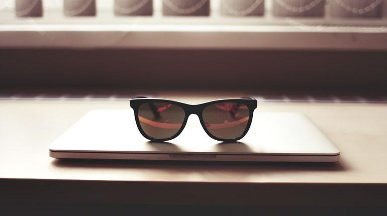 Ochelari de vedere cu lentile heliomate