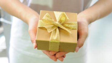 idei de cadouri potrivite pentru cei dragi